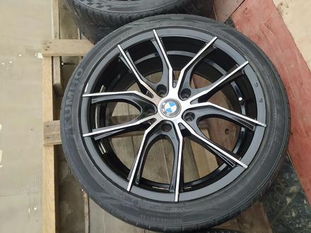 Диски с резиной на BMW 235/40/R18 за 140 000 тг. в Алматы – фото 2