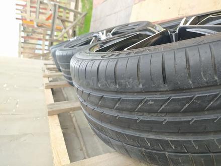 Диски с резиной на BMW 235/40/R18 за 140 000 тг. в Алматы – фото 5