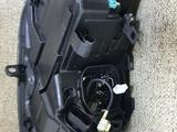 Передняя левая фара на volkswagen Touareg NF за 180 000 тг. в Актобе – фото 4