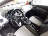 Chevrolet Cruze 2013 года за 5 500 000 тг. в Семей – фото 5