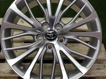 Toyota Camry 70 R18 диски за 205 000 тг. в Алматы