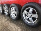 R 18 диски тойота оригинал с резиной 285-60-18 continental зима за 155 000 тг. в Алматы