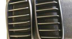 Решетки радиатора bmw за 45 000 тг. в Алматы – фото 3