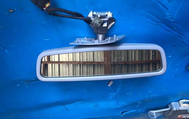Зеркало заднего вида салонное Mercedes-Benz 211 за 7 000 тг. в Алматы