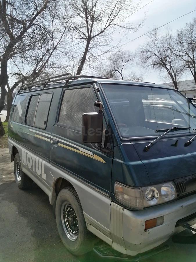 mitsubishi delica 1994 года