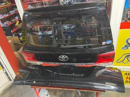 Крышка багажника в сборе Land Cruiser 200 2016 + за 777 тг. в Алматы – фото 7