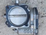 Дроссельная заслонка для двигателя Mercedes M112 за 22 000 тг. в Алматы