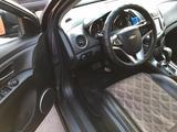 Chevrolet Cruze 2012 года за 3 550 000 тг. в Караганда – фото 3