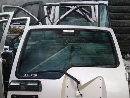 Крышка багажника ланд ровер Дискавери 2 за 40 000 тг. в Алматы