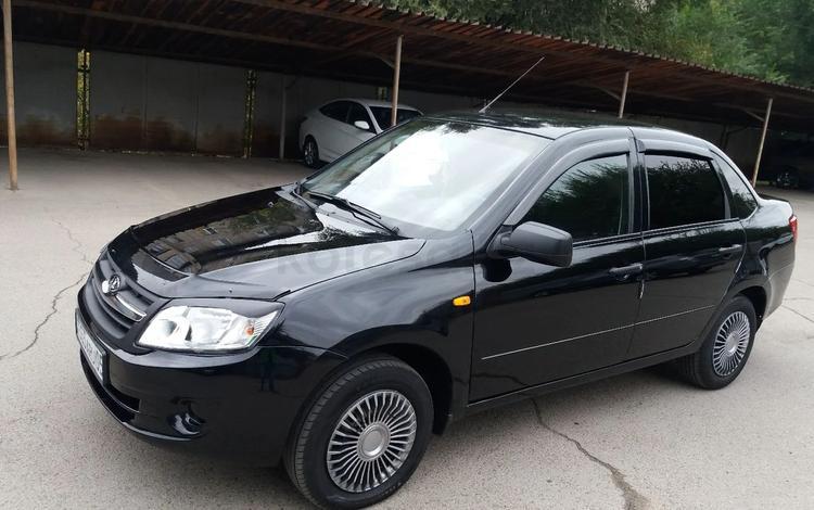 ВАЗ (Lada) Granta 2190 (седан) 2013 года за 2 670 000 тг. в Алматы