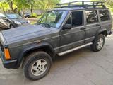 Jeep Cherokee 1994 года за 2 000 000 тг. в Караганда – фото 4