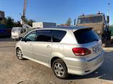 Toyota Ipsum 2004 года за 3 100 000 тг. в Усть-Каменогорск – фото 2