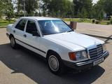 Mercedes-Benz E 200 1989 года за 1 500 000 тг. в Жезказган – фото 4