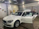 BMW 750 2013 года за 10 000 000 тг. в Алматы – фото 3