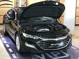 Chevrolet Malibu 2020 года за 9 990 000 тг. в Караганда – фото 4