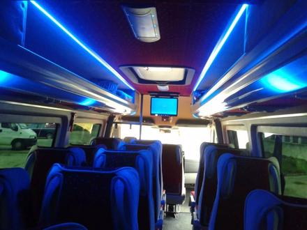 Перевозка пассажиров на комфортабельных микроавтобусах и автобусах в Шымкент – фото 9