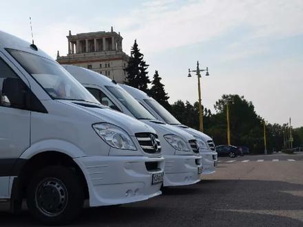 Перевозка пассажиров на комфортабельных микроавтобусах и автобусах в Шымкент – фото 25