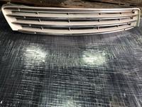 Решетка радиатора Lexus ES 300 в Алматы