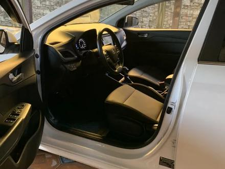 Hyundai Accent 2019 года за 7 200 000 тг. в Шымкент – фото 5