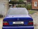 Mercedes-Benz E 260 1991 года за 1 470 000 тг. в Костанай – фото 4