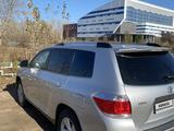 Toyota Highlander 2011 года за 14 500 000 тг. в Павлодар – фото 2
