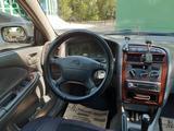 Toyota Avensis 1998 года за 2 800 000 тг. в Караганда – фото 5
