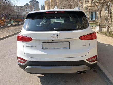 Hyundai Santa Fe 2019 года за 13 200 000 тг. в Актау – фото 4