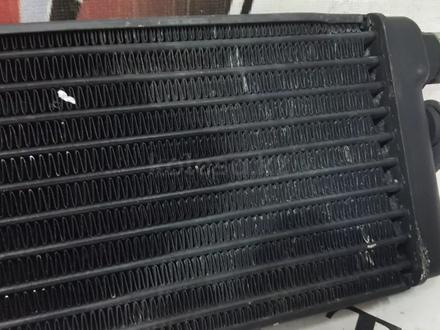Радиатор масляного охлаждения на Mercedes w140 S за 30 268 тг. в Владивосток – фото 10