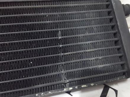 Радиатор масляного охлаждения на Mercedes w140 S за 30 268 тг. в Владивосток – фото 6