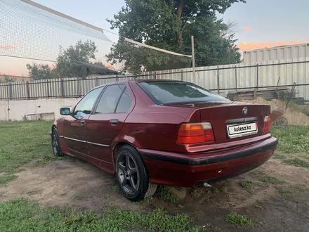 BMW 318 1994 года за 850 000 тг. в Алматы – фото 4