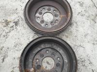 Задние тормозные барабаны на Хонду срв на левый руль за 10 000 тг. в Алматы