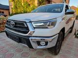 Toyota Hilux 2021 года за 20 700 000 тг. в Актау