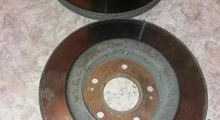 Тормозные диски аутлендер 2001-2006гг за 10 000 тг. в Караганда