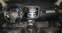 Mitsubishi Outlander 2013 года за 7 000 000 тг. в Актобе