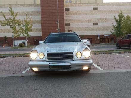 Mercedes-Benz E 280 1998 года за 2 650 000 тг. в Алматы – фото 4