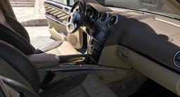 Mercedes-Benz GL 550 2011 года за 13 500 000 тг. в Шымкент – фото 5