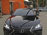 Lexus ES 250 2019 года за 18 600 000 тг. в Алматы