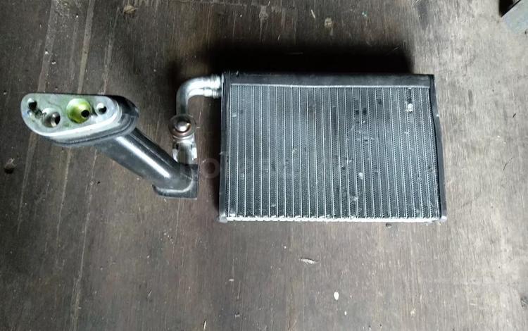 Радиатор кондиционера на х5 за 10 000 тг. в Алматы