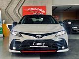 Toyota Camry 2021 года за 22 477 000 тг. в Алматы – фото 2