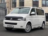 Volkswagen Multivan 2012 года за 13 000 000 тг. в Алматы