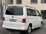 Volkswagen Multivan 2012 года за 13 000 000 тг. в Алматы – фото 2