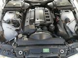BMW 528 1999 года за 2 400 000 тг. в Талдыкорган – фото 4