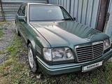 Mercedes-Benz E 300 1995 года за 2 200 000 тг. в Алматы – фото 5