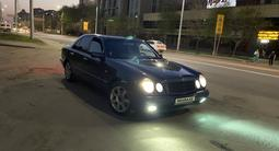 Mercedes-Benz E 280 1998 года за 2 500 000 тг. в Алматы
