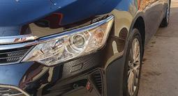 Toyota Camry 2016 года за 9 350 000 тг. в Шымкент
