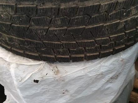4Шт титанка ориг, и 4 шт шины летние 4шт липучка Yokohama за 350 000 тг. в Жезказган – фото 6