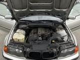 BMW 323 1999 года за 2 500 000 тг. в Алматы – фото 4