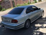 BMW 528 1996 года за 1 850 000 тг. в Алматы – фото 4