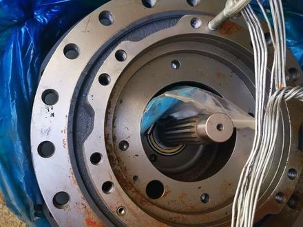 Эксковатор Hyundai robix 300 бортовой редуктор всборе в Нур-Султан (Астана) – фото 2