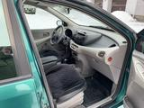 Nissan Almera Tino 2000 года за 3 100 000 тг. в Усть-Каменогорск – фото 2